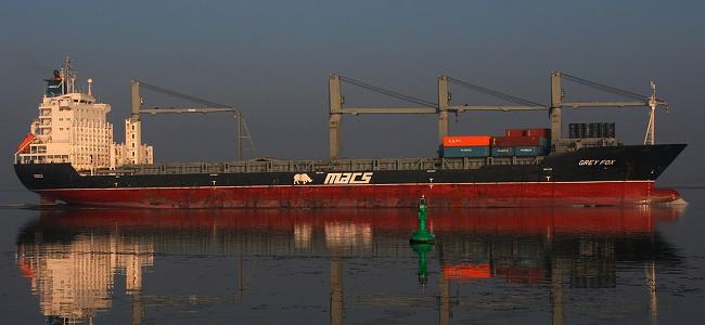 Lodní přeprava Labe